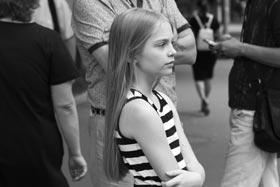 София Юрзинова на съёмках фильма «Проблема Потапова»